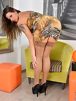 Anilos.com - Freshest mature women on the net featuring Anilos Simony Diamond milf moms
